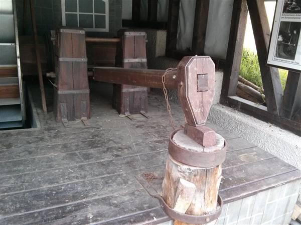 Der Arfelder Hammer, an dem von 1707 bis 1857 Stahl- und Profileisen geschmiedet wurden,