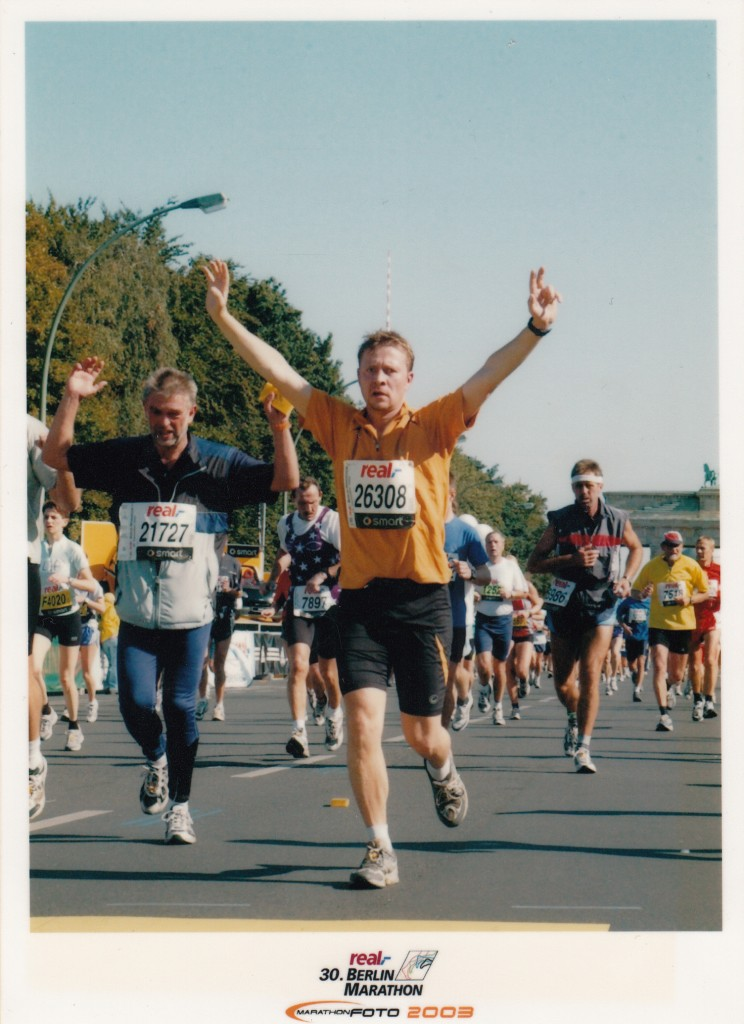 Stefan Franzen bei seinem ersten Marathon in Berlin 2003.