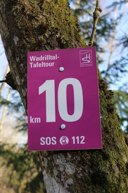 Wege-Schild-Tafeltour